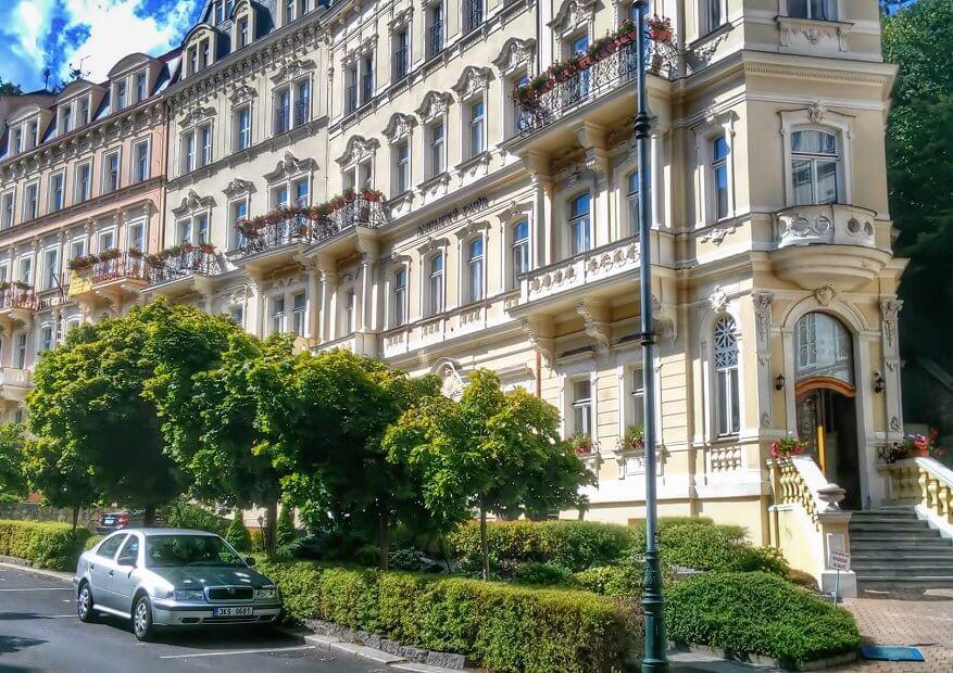 Hotel Anglicky Dvur 3*